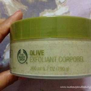 The Body Shop oliv bodyscrub översyn, Swatch och foton